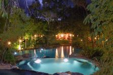 Australien/PTI/Thala Beach Lodge/pool at night